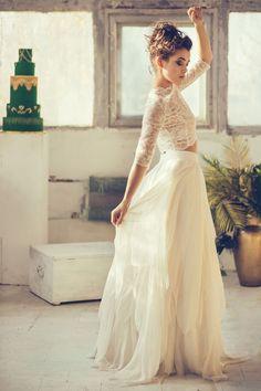 Znalezione obrazy dla zapytania dwuczęściowa suknia ślubna tiul