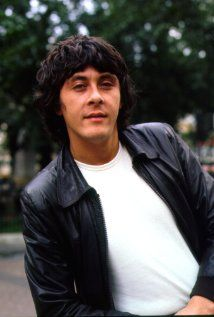 Richard Beckinsale is her Dad. He was one of the sttars of a hit tv show in Great Britain, called Rising Damp. Richard Beckinsale, Kate Beckinsale, British Comedy, British Actors, British Humour, Uk Actors, Actors & Actresses, Rising Damp, Vintage Tv