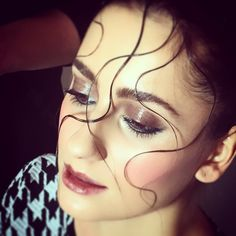 Backstage - shooting beauty for @prolabmakeupacademy #makeup #makeupartist #makeupro #hair #hairstyling #hairandmakeup #makeupandhair #shooting #beauty #backstage #model #milan #milano #prolabmakeupacademy #school @ropatelli