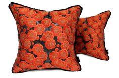 日本のアンティーク帯地を甦らせた小さめキュートな紅梅文様クッション #cushion #cushioncover #クッション #クッションカバー #ヴィンテージ #アンティーク #vintage #帯 #着物 #kimono #japan