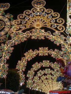 Illuminazione feste tradizionali          Puglia