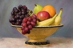 I want a bowl like this for holding fruit in the kitchen. I think painting a colander yellow would work great