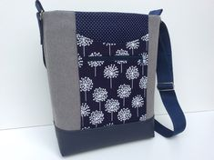 blau-graue Umhängetasche Pusteblume // blue-grey canvas bag with dandelions by Millionbags via DaWanda.com
