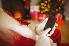 Save money and time on your holiday shopping this year by using these free apps to plan your gift list, find the best prices and earn rebates and rewards. Hanging Christmas Lights, Budget Holidays, Cheap Shopping, Budgeting Money, Saving Money, Free Apps, How To Make, Weird, Coupon