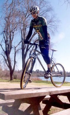 Track Stand: How does she do that?!