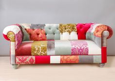 Pink Chesterfield Patchwork Sofa di namedesignstudio su Etsy