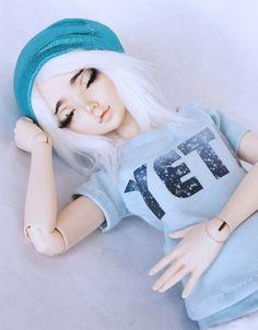 MSD BJD clothes Minifee Yeti Snow print blue t by MonstroDesigns