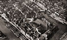 This site is about the tragic fate of the City of Königsberg, the capital of the former German province of East Prussia. East Germany, City Scene, Baltic Sea, Old City, Beautiful Buildings, Dom, City Photo, Places To Visit, Island