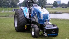 No Surrender tractorpulling tractor Truck And Tractor Pull, Tractor Pulling, Truck Pulls, New Holland Tractor, Ford Tractors, Monster Trucks, Vehicles, Fun, Tractors