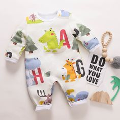 PatPat / Cutie Animal Design Long-sleeve Jumpsuit for Baby Baby Outfits Newborn, Baby Boy Outfits, Kids Outfits, Little Boy Fashion, Baby Girl Fashion, Womens Fashion, 3d Design, Baby Design, Vintage Baby Clothes