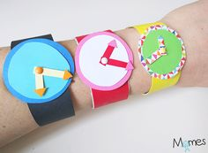Teach kids to read the time. Paper Roll Crafts, Diy And Crafts, Crafts For Kids, Preschool Age, Preschool Crafts, Craft Activities, Toddler Activities, Math Songs, Busy Board