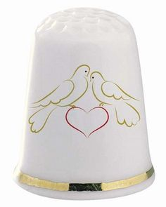 Love Birds Thimble .------- oh mom I bet u can figure out what I'm thinking about
