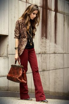 I have red pants like these, love the leopard with them!
