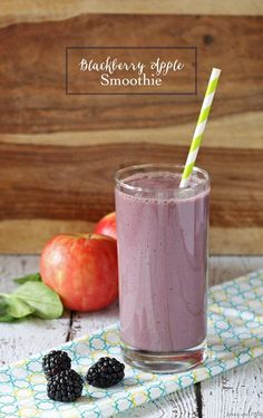If you're looking for healthy breakfast smoothies try this tasty blackberry apple smoothie! to your healthy smoothie recipes rotation!