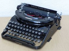 Remington Noiseless Portable Typewriter 1930s Model N92667