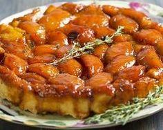 Tarte tatin aux cèpes et aux noix : http://www.cuisineaz.com/recettes/tarte-tatin-aux-cepes-et-aux-noix-9124.aspx