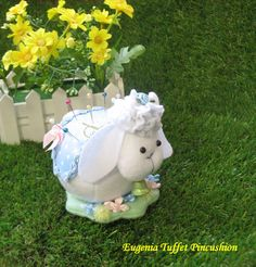 Most adorable Eugenia Tuffet Pincushion by dollsandbunnies on Etsy, $35.00
