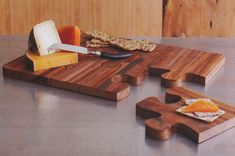 Wooden Puzzle Board Cheese Serving Tray (Made of Acacia Wood)  Cute idea!