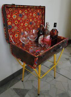 Barzinho ou mesa lateral