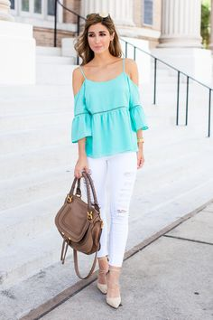 The Darling Detail is wearing a Cold Shoulder Peasant Top and FRAME 'Le Color Rip' Skinny Jeans.