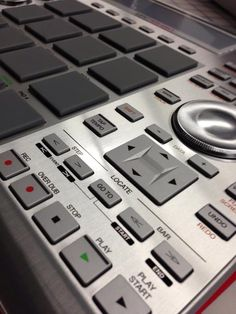 Akai MPC Studio New Hip Hop Beats Uploaded EVERY SINGLE DAY http://www.kidDyno.com