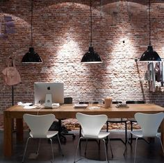 table, exposed bricks, lamps, everything - for the love of exposed bricks (via Purple Area)