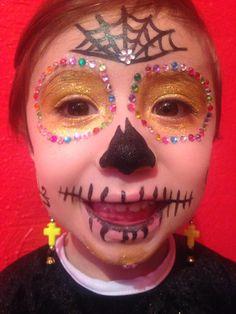 Maquillaje de halloween para niña, catrina, calavera