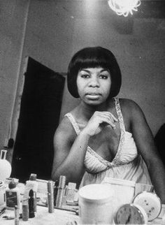 Nina Simone in her dressing room. S)