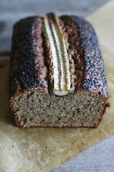 Black Sesame Banana bread | HonestlyYUM