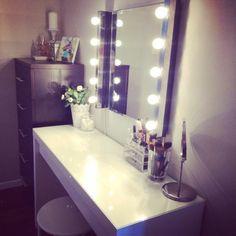 Schminktisch Mit Spiegel Lederbezug Sessel | Spiegel Modelle | Pinterest