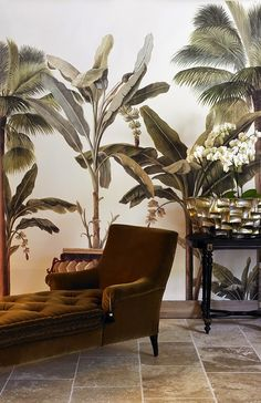 Wall murals by Ananbô Ananbô http://www.venndeco.com/style-tropical-chic…