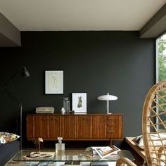 Living room paint: 30 trendy colors for repainting the living room Peinture de salon: 30 couleurs tendance pour repeindre … Living Room Paint, Interior Design Living Room, Interior Designing, Kitchen Interior, Style At Home, Green Paint Colors, Room Colors, Bedroom Colours, Wall Colours