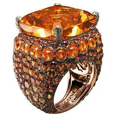 """Melody of Colours"" ring in yellow gold, set with one citrine, spessartites, white diamonds and orange sapphires, de Grisogono"
