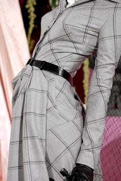 Christian Dior Spring 2010 Couture Accessories Photos - Vogue