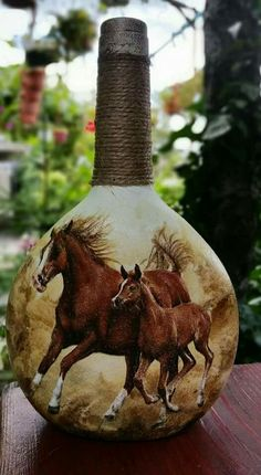 Decorative Bottles : Декупаж бутылки в африканском стиле, поделк. Recycled Glass Bottles, Glass Bottle Crafts, Wine Bottle Art, Painted Wine Bottles, Diy Bottle, Bottle Vase, Bottles And Jars, Mason Jars, Decoupage Art