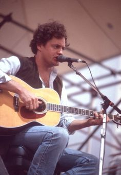 """Harry Chapin - At some point around 1992 or so, my singing voice started to sound a lot like Harry Chapin's voice. But it wasn't till around 2000 when someone said my MUSIC reminded them of Harry Chapin. One person said, """"Your songs have a friendly, Harry Chapin-like,'How ya doin' stranger'? quality to them."""