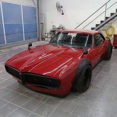 Firebird by RBL's Garage 🔥🔥🔥 Pontiac Firebird, Firebird Car, Firebird Formula, Custom Muscle Cars, Chevy Muscle Cars, Custom Cars, Gp Moto, Futuristic Cars, Mustang Cars