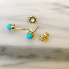 These cuties. ✨💛💛 #bellabohojewelry 👉Many more earrings @bellabohostore . . . . . . . . . . . #studearrings #studs #daintyjewelry #dainty #turquoise #turquoiseearrings #earparty #summerstone #newpiercing #hotgirlsummer #happyfriday #miamistyle #miamiblogger #miamigirls #jewelry #bellaboho #brickellliving #minimaljewelry #earrings #beautiful #earringstyle  #earringsoftheday #jewelrylovers #miami🌴 #trendy Dainty Jewelry, Boho Jewelry, Miami Girls, Minimal Jewelry, Miami Fashion, Turquoise Earrings, Summer Girls, Fashion Earrings, Piercing