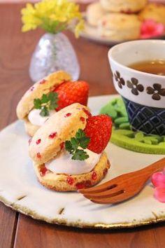バター不使用粒ジャム苺ヨーグルトスコーンhttp://recipe.cotta.jp/recipe.php?recipeid=00006159
