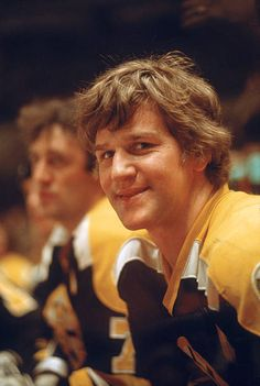 Bobby Orr, Bruins Hockey, Hockey Cards, Boston Bruins, Nhl, Legends, Stock Photos, Sports, Pictures