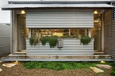 David Langstone-Jones Tamarama Semi-D house . It's your choice: the AIA People's Choice Award shortlist here for your consideration House Cladding, Facade House, Tin House, Metal Siding, Shed Homes, Metal Buildings, Architecture Design, Minimalist Architecture, Colonial