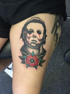 What does michael myers tattoo mean? We have michael myers tattoo ideas, designs, symbolism and we explain the meaning behind the tattoo. Horror Movie Tattoos, Spooky Tattoos, Skull Tattoos, Leg Tattoos, Body Art Tattoos, Sleeve Tattoos, Cool Tattoos, Awesome Tattoos, Michael Myers