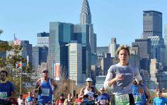 Maratona di New York 2016: orario, percorso e tutto ciò che c'è da sapere Il limite massimo per portare a termine la corsa è di 8 ore e 30 minuti dall'inizio della gara.  A Fort Wadsworth il riscaldamento prima della partenza dal Ponte di Verrazzano. Alle ore 9 #maratona #newyork #atletica #corsa