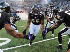 Terrell Suggs Terrell Suggs, Ravens, Football Helmets, Running, Bird, Game, Sports, Hs Sports, Raven