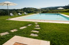http://www.tuscanyinside.com/Apartment-with-swimming-pool-San-Gimignano.htm