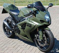 Suzuki GSXR – Jim Reynolds – Join the world of pin Suzuki Gsx R, Motos Honda, Suzuki Motorcycle, Sportbikes, Cool Motorcycles, Street Bikes, Bike Life, Custom Bikes, Cool Bikes