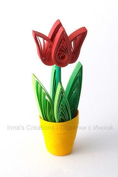 Tulip in flower pot (quilling) - cysaapparel 3d Quilling, Quilling Flowers Tutorial, Quilling Dolls, Paper Quilling Cards, Paper Quilling Flowers, Paper Quilling Patterns, Quilled Paper Art, Quilling Jewelry, Paper Crafts Origami