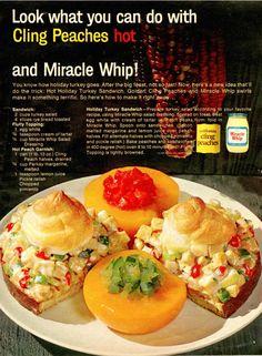 Just look! Retro Recipes, Old Recipes, Vintage Recipes, Vintage Food, Vintage Ads, Vintage Images, Gross Food, Weird Food, Turkey Salad