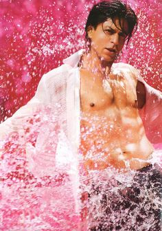 """"""" thank you for """"Om Shanti Om"""" and I have a hunch that """"Happy New Year"""" he is sexy ( Bollywood Photos, Bollywood Stars, Bollywood Celebrities, Shahrukh Khan And Kajol, Shah Rukh Khan Movies, Om Shanti Om, Sr K, Vintage Bollywood, Thing 1"""