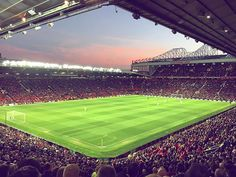 Sunset over Old Trafford during last night's victory! ⚽️ Share your photos and videos using Soccer Stadium, Football Stadiums, Manchester United Wallpaper, Football Design, Manchester United Football, Football Wallpaper, World Football, Sports Wallpapers, Old Trafford